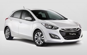 Hyundai i30 Dash Drive Car hire